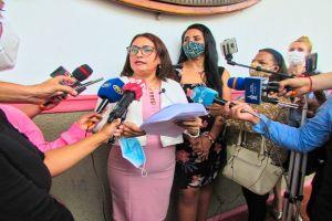 CONCEJAL DE MANTA VERONICA CALDERON